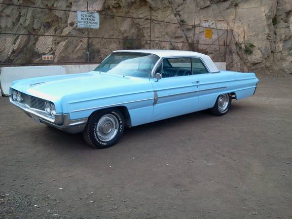 1962 Oldsmobile Dynamic 88 Holiday Coupe