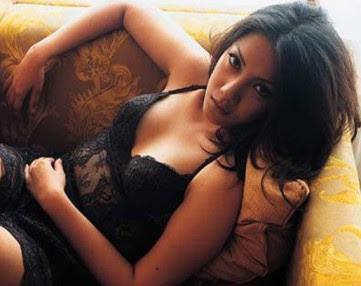Tia Ivanka Video dan foto  foto janda cantik di indonesia