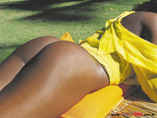 Adriana Bombom pelada nua na sexy 2