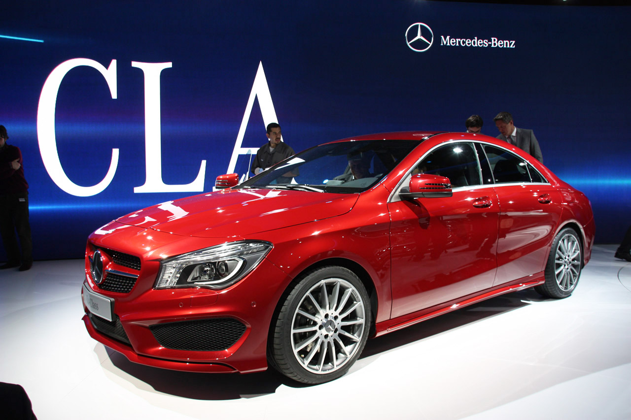 2014 mercedes benz cla class is dressed to impress we obsessively cover the auto industry. Black Bedroom Furniture Sets. Home Design Ideas