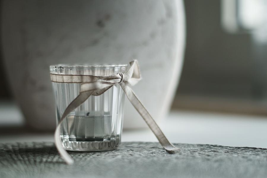 Blog + Fotografie by it's me! - fim.works - Teelichtglas mit Schleife