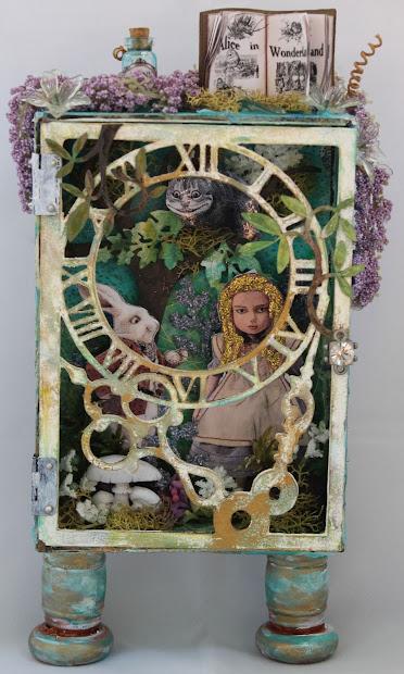 Memory Box Alice and Wonderland