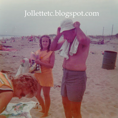 Family at Virginia Beach 1973 https://jollettetc.blogspot.com