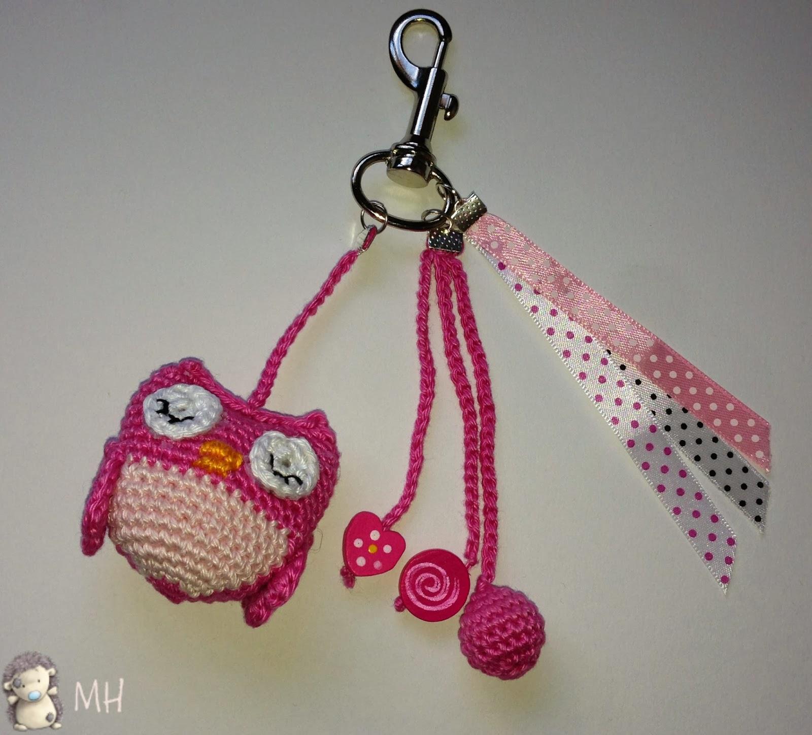 Colgante para bolso con búho a crochet