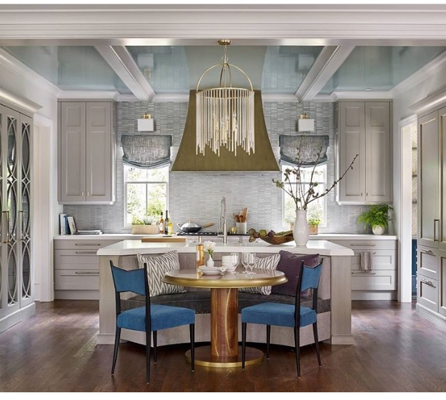 Let S Start With The High Gloss Ceiling In Fb Oval Room Blue Kapow The Light Fixtures Are From Hudson Valley That Lewis Chandelier Is My New Favorite