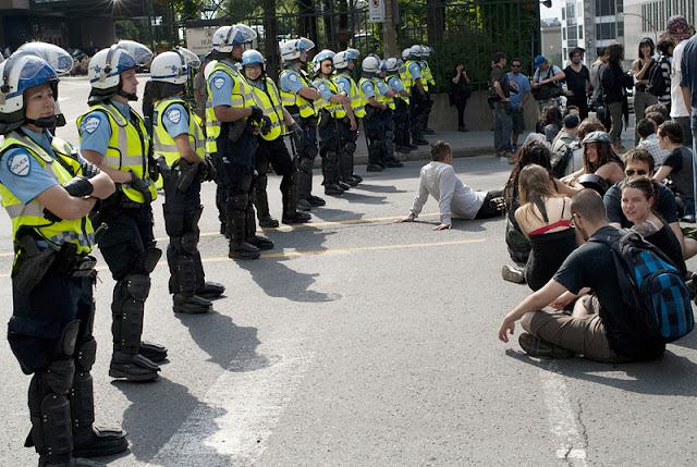 Manifestation contre le forum économique de Montréal, matin du 12 juin 2012, Montréal [photos David Champagne]