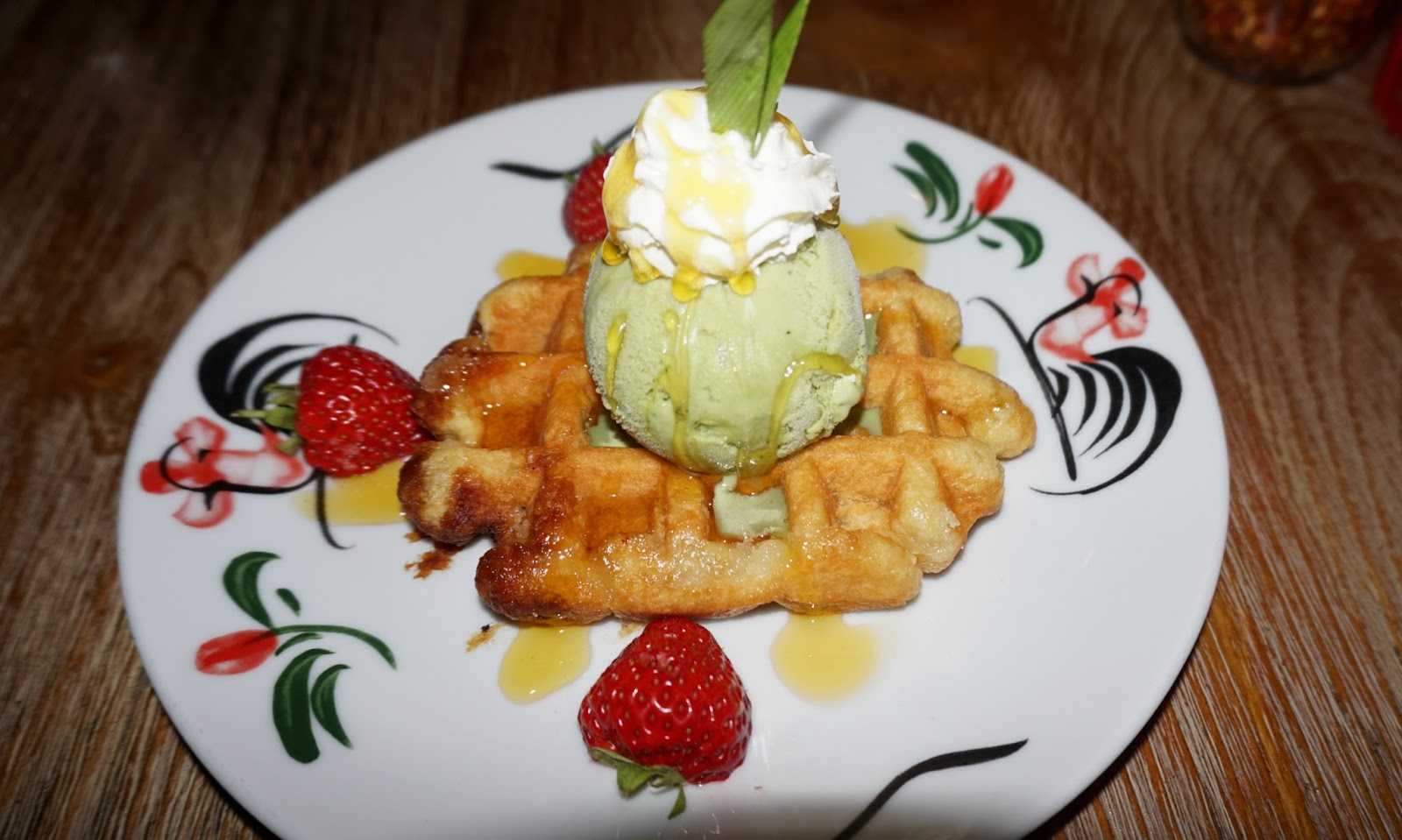 Thaikhun Thai Waffle Green Tea Ice Cream Dessert