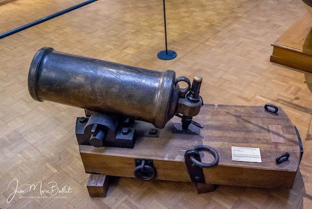 Obusier de 36, modèle1787 - Musée  national de la marine (Paris)