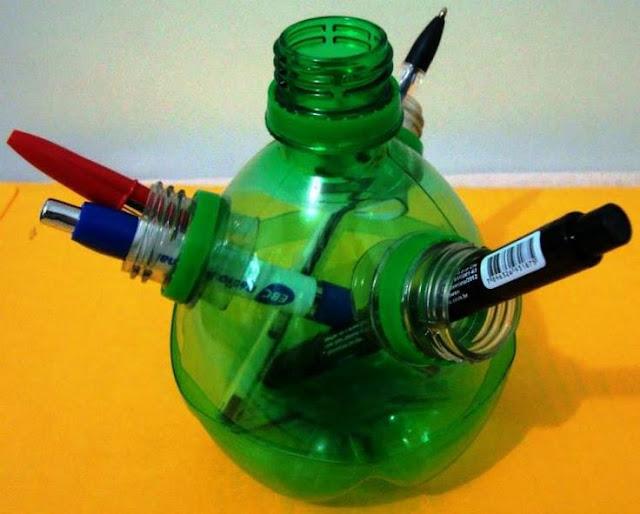 portalapices con botellas de plastico