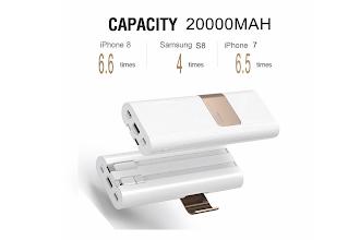 Scontatissima la super-batteria esterna multidispositivo con cavi integrati e ben 20000 mAh (per poche ore)