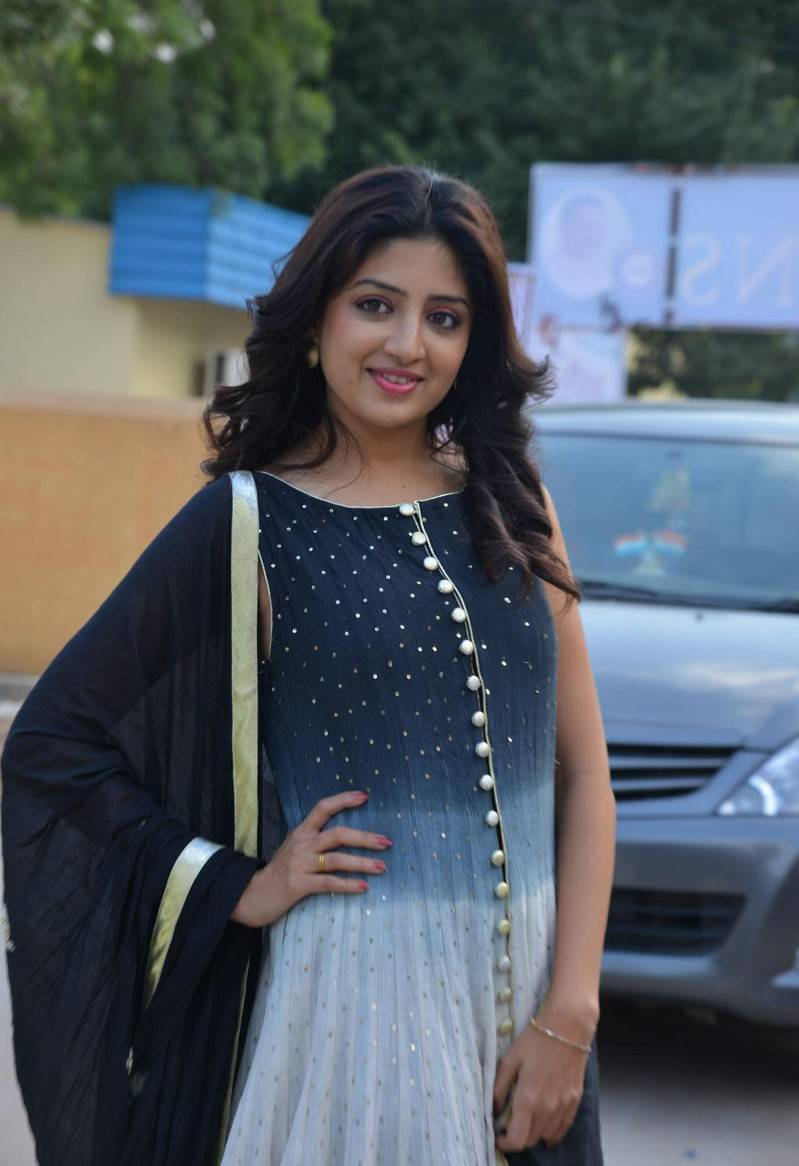 Tollywood Bubbly Girl Poonam Kaur Long Hair Stills In Blue Dress At Press Meet