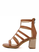 http://www.romwe.com/Brown-Open-Toe-Gladiator-Chunky-Sandals-p-169391-cat-715.html?utm_source=beautybygaby.blogspot.com&utm_medium=blogger&url_from=beautybygaby