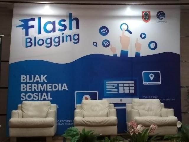Bijak Bermedia Sosial, Flashblogging bersama Kemkominfo