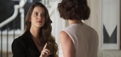 """Fabiana (Nathalia Dill) e Josiane (Agatha Moreira) são da """"banda podre"""" da família da boleira"""