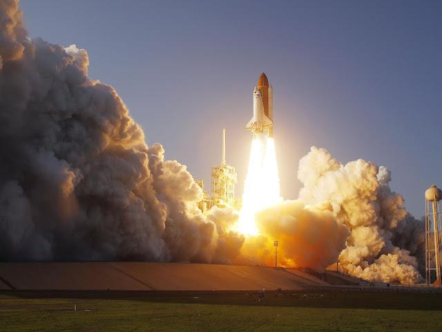 Roket Terbesar Di Dunia