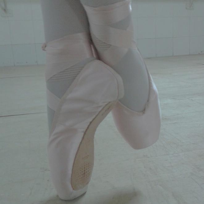 7b3b906676 Muita gente quando descobre que danço ballet sempre me pergunta das  sapatilhas de ponta
