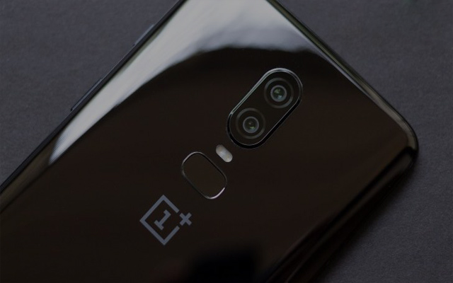 OnePlus 6 review , advantages , disadvantages and specifications