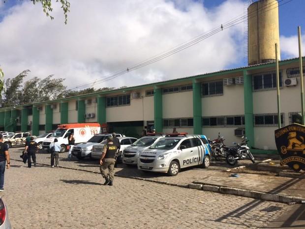 Presos iniciam nova rebelião no presídio de Caruaru na manhã desta segunda