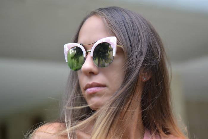 occhiali da sole strani