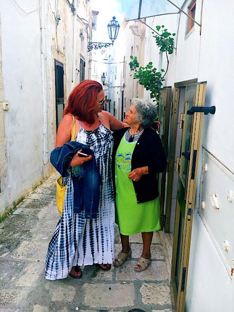 old-lady-puglia