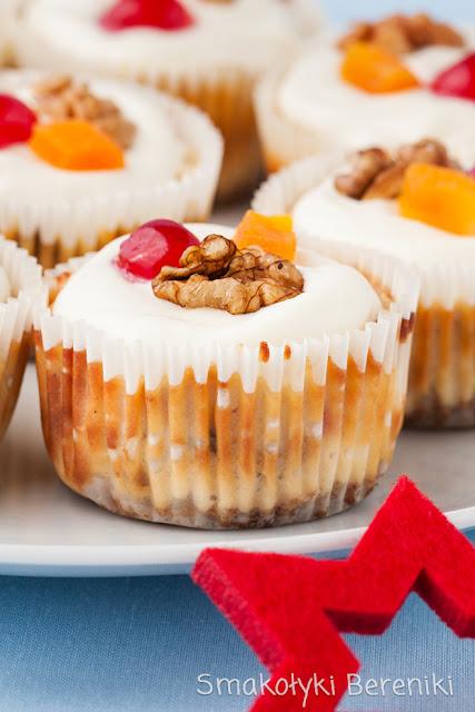 Serniczki w papilotkach na muffiny