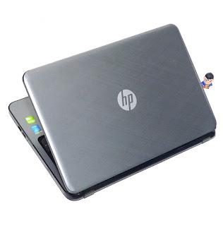 Laptop Gaming HP 15-r208TX Core i5 Double VGA