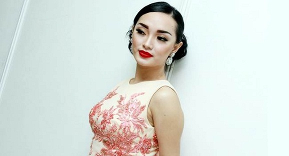 Zaskia Gotik Terancam 5 Tahun di Penjara lantaran menghina lambang Negara Pancasila