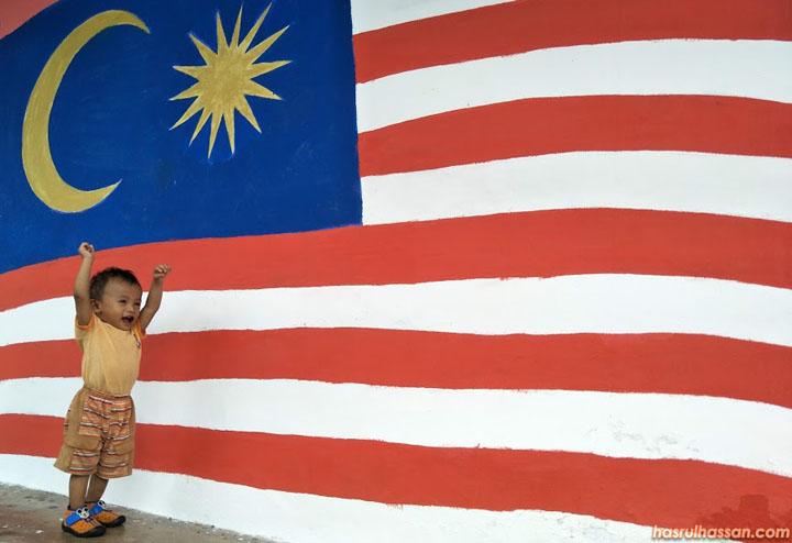 Najmi menjerit Merdeka bila nampak bendera Malaysia