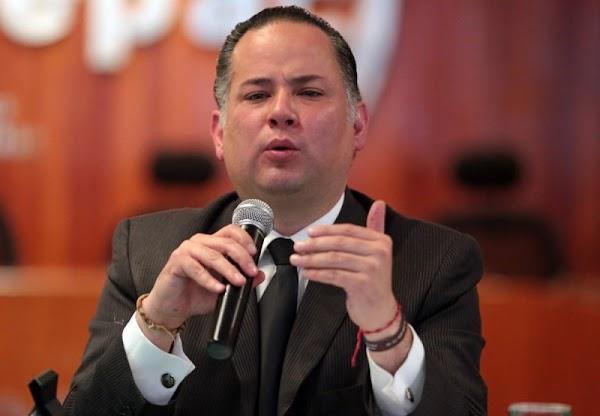 Saquearon oficina de Santiago Nieto, no le dejaron ni sacar sus artículos personales