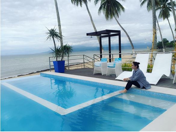 Manny And Jinkee Pacquiao And Their Luxurious Swimming Pools Are A Must See! Look HERE!