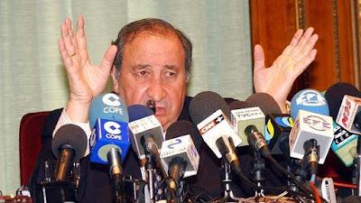Jesús Gil (1933-2004), f d borgmästare i Marbella. Ser han inte lite bovaktig ut?