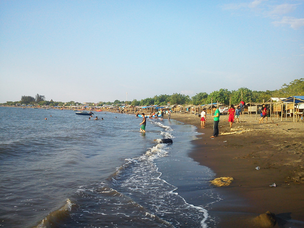 Pantai Tanjung Bayang
