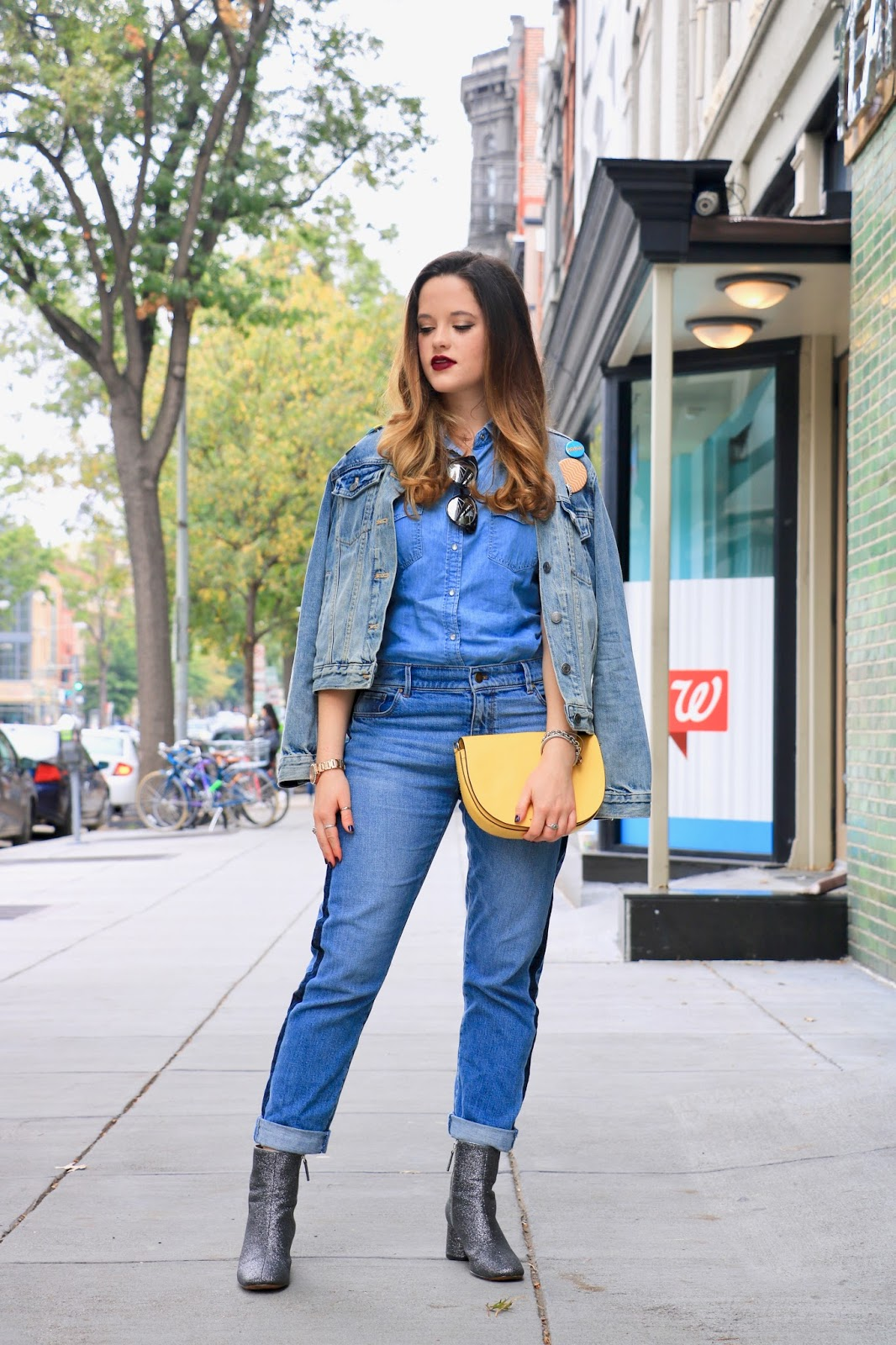 Nyc fashion blogger Kathleen Harper shows how to wear all denim