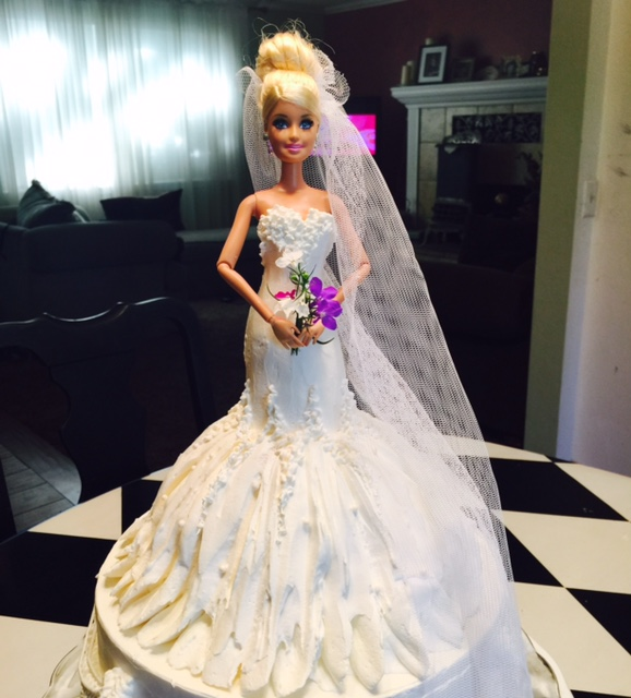 Frosted Art: Wedding Barbie Doll Cake- Cake Decorating
