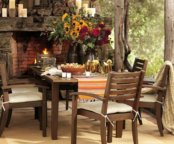 Pottery Barn Dining Table Decor: ChezJeanette: Uteplass Inspirasjon