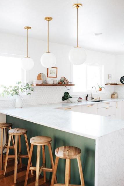 Kitchen With Bar 5