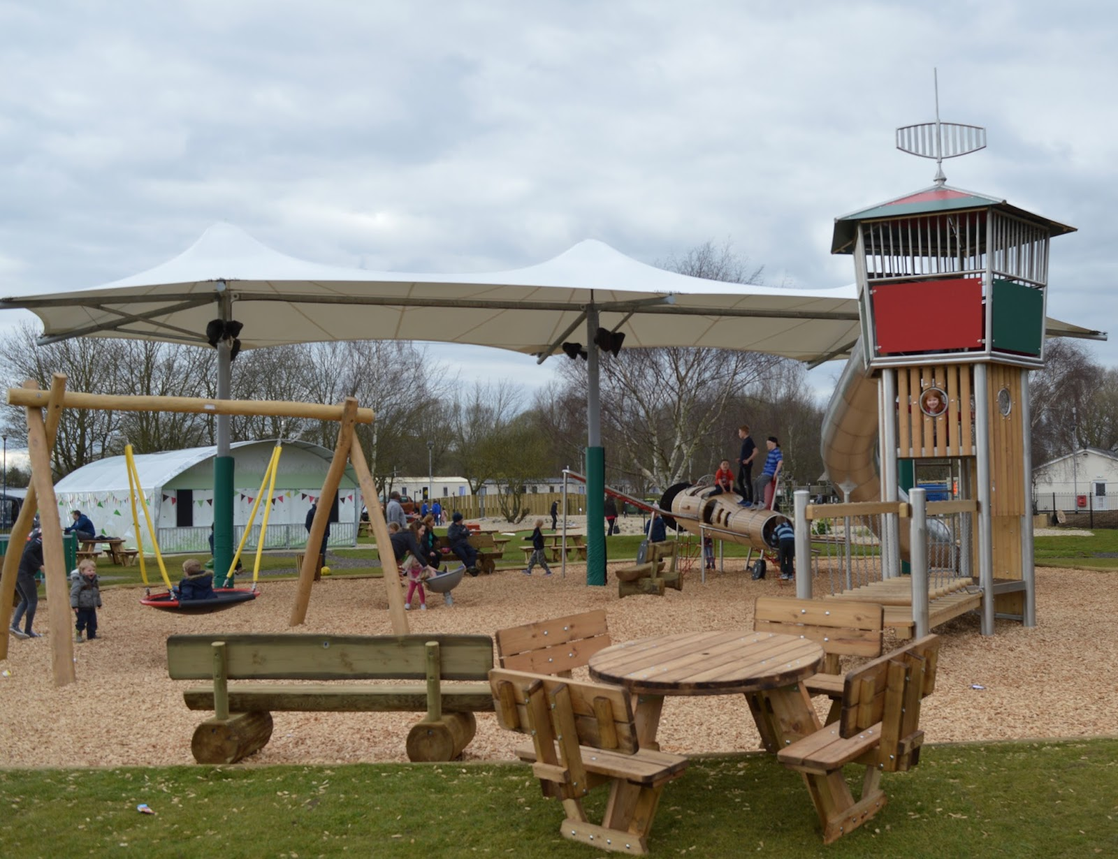 10 Child-Friendly UK Short Breaks to try this February Half Term - tattershall lakes park