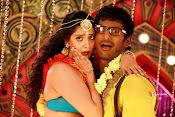 Madha Gaja Raja Movie Stills-thumbnail-7