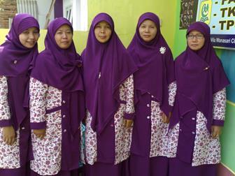Contoh Baju Seragam Guru Wanita Muslim