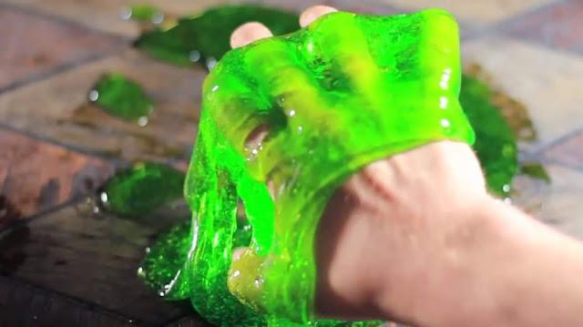 Cara Membuat Slime yang Aman untuk Dimainkan