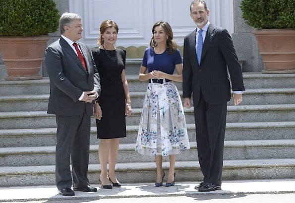 Queen Letizia wore Adolfo Dominguez floral print dress and Magrit Pumps. Ukraine's President Petro Poroshenko and his wife Maryna Poroshenko
