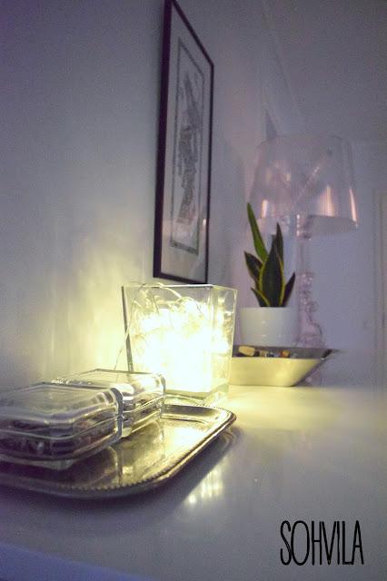 Valosarja lasimaljakossa