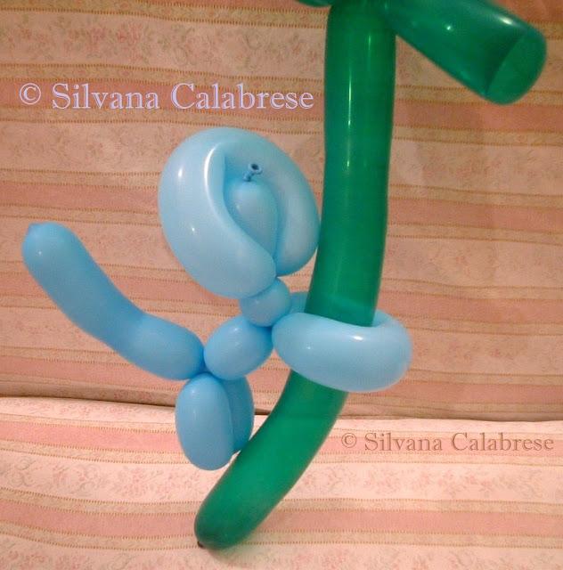 scimmia scultura palloncini Silvana Calabrese Blog