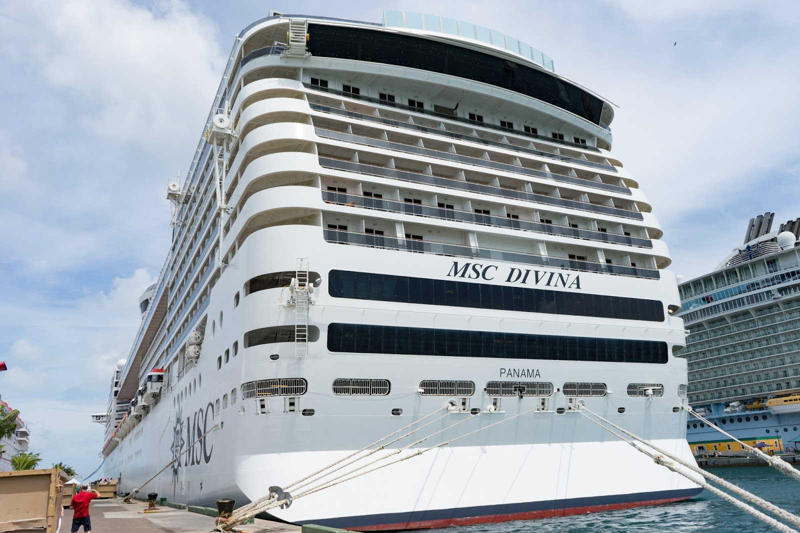 The cheerful cruiser ten tips and truths about the msc for Msc immagini