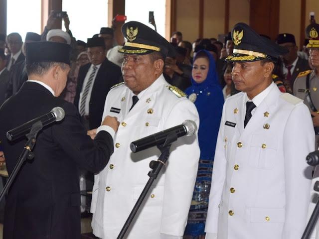 Adam Rahayaan dan Usman Tamnge Resmi Jadi Pemimpin Kota Tual