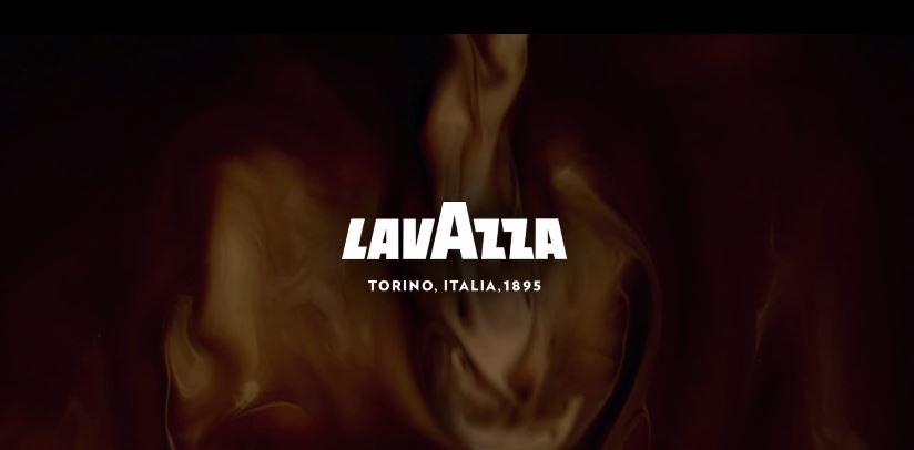 Attore pubblicità Lavazza Prontissimo con capretta bianca- Spot ottobre 2016