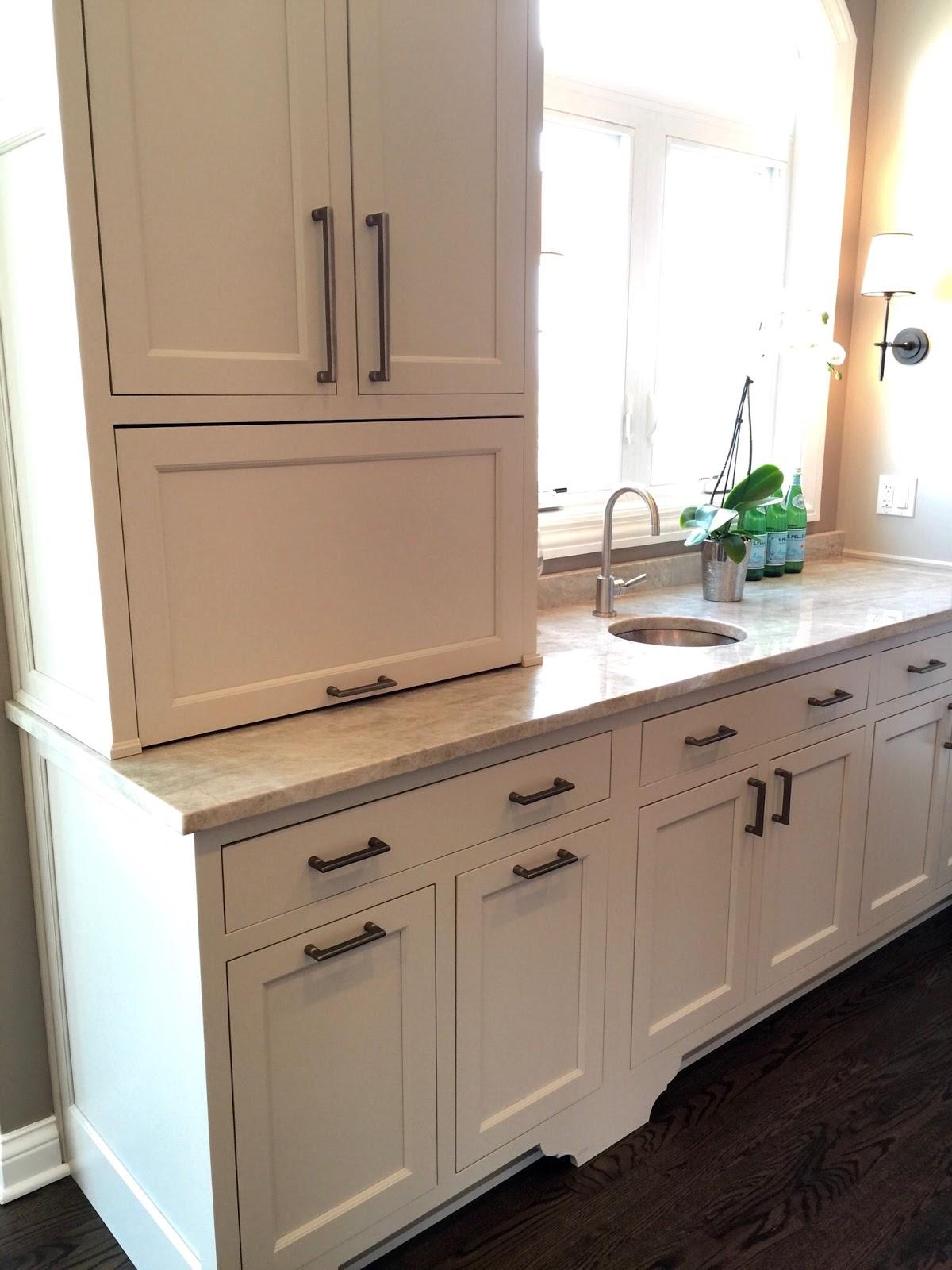 Chicago 39 S Northshore Designer Kitchen Tour Home With Keki