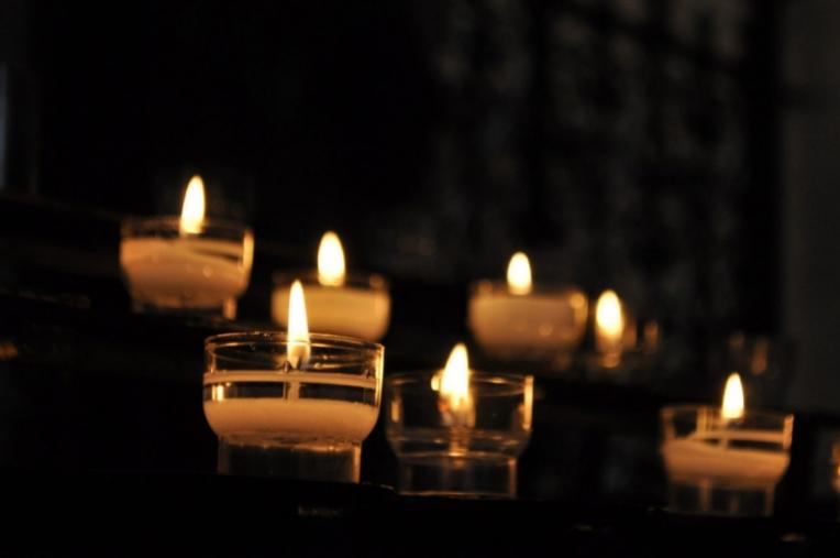 Kaip išsirinkti žvakes namų interjerui