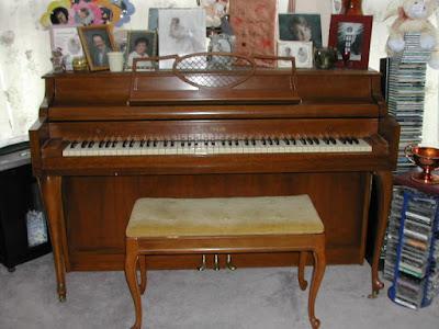 """Bí mật đằng sau những cây đàn """"Spinet"""" Piano"""