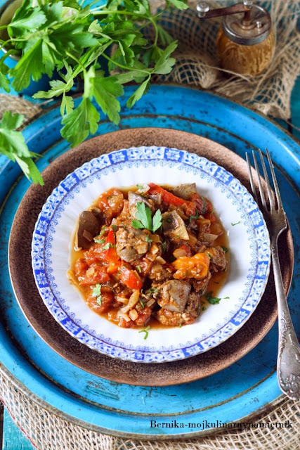 watrobka, drob, drobiowa, pomidory, obiad, bernika, kulinarny pamietnik, dieta